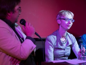 Halina Wawzyniak mit KuK-Chefredakteur Peter S. Kaspar.  Foto: phils