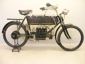 Vierzylindermotorrad des belgischen Herstellers FN vom 1905