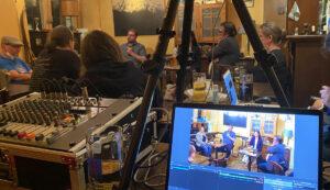 Livestreaming während des Redaktionsgesprächs mit Cansel Kiziltepe und Sebastian Forck